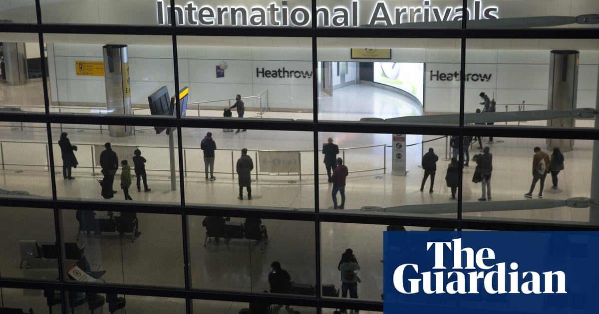 Covid: what is changing for fully vaccinated travellers to England?