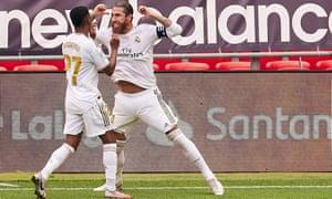 Sergio Ramos phát điên sau khi ghi bàn thắng của Real Madrid tại Athletic Bilbao từ chấm phạt đền