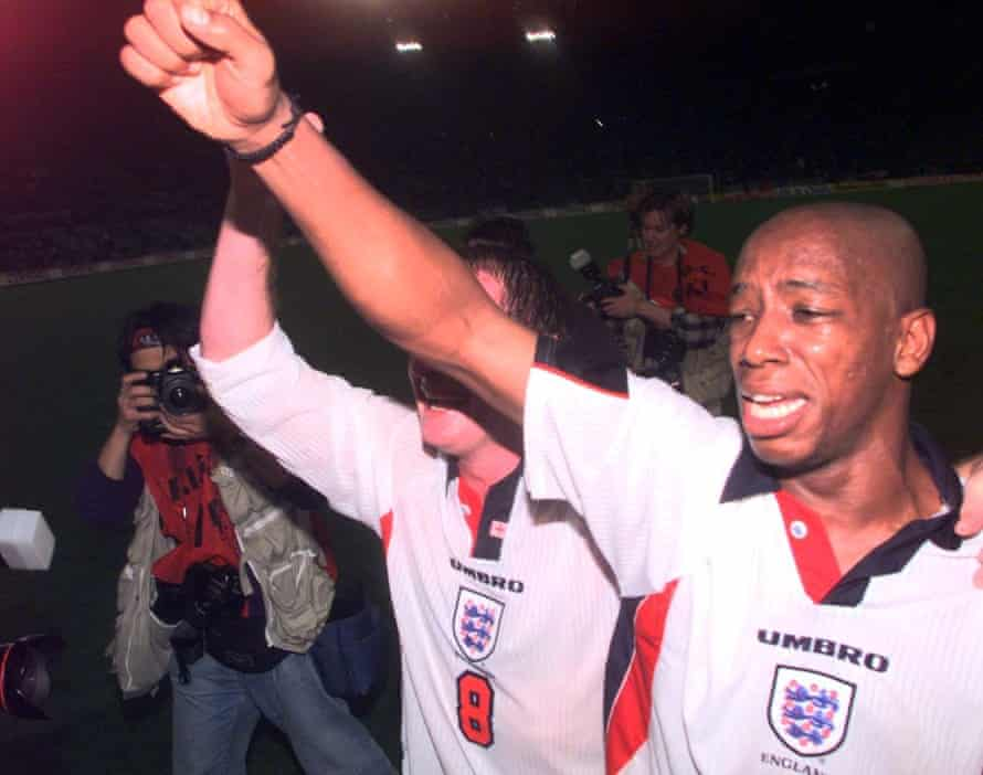 A tearful Wright celebrates after England qualify for the World Cup after a 0-0 draw against Italy in Rome, 1997.