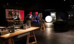 The Science Museum's Wonderlab 'offers exhibits that manifest scientific phenomena in direct, graspable ways'.