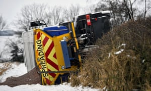Overturned gritting lorry in Balfron, Scotland