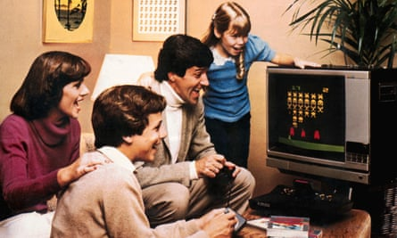 A family plays the Atari 2600 Video Computer System in 1978.