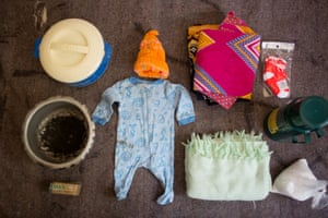 Agnes's hospital bag contains: - baby clothes, socks and cape (blanket)- basin- flask- tea