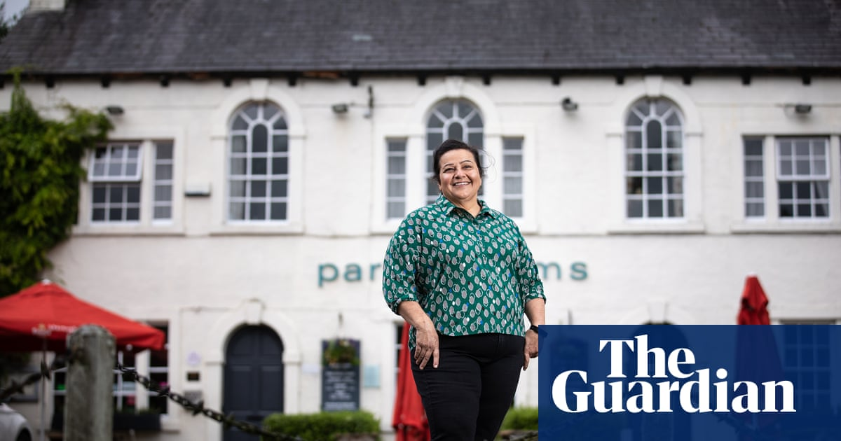 UK pub bosses 'disappointed' by budget help for hospitality industry