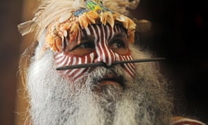 Major Sumner, a Ngarrindjeri elder from Australia, prepares to take part in a traditional 'smoking ceremony' at the Australian High Commission in London.