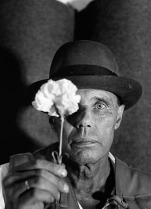 'You couldn't really take an uninteresting picture of him'... Joseph Beuys and carnation.