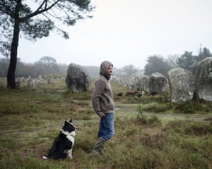 Fabien, shepherd'Fabien shepherds at the Carnac standing stones. When asked to recall childhood memories of animals, he spontaneously sketched a sheep flying in a hot-air ballon'
