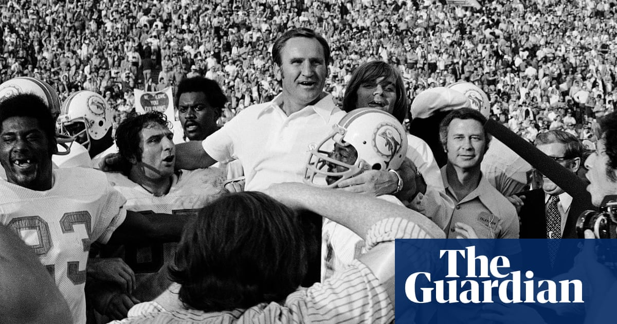 Don Shula, coach who led Dolphins to NFLs only perfect season, dies aged 90