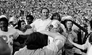 Don Shula is carried off the field after the 1972 Dolphins complete their perfect season