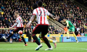 Close for Nathan Redmond as he hits the post.
