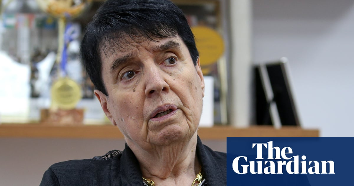 Soviet chess champion sues Netflix over 'sexist' Queen's Gambit