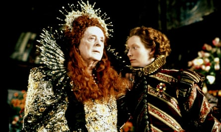 Queen Elizabeth I (Quentin Crisp) and Orlando (Tilda Swinton) in the 1992 film of Virginia Woolf's novel Orlando.