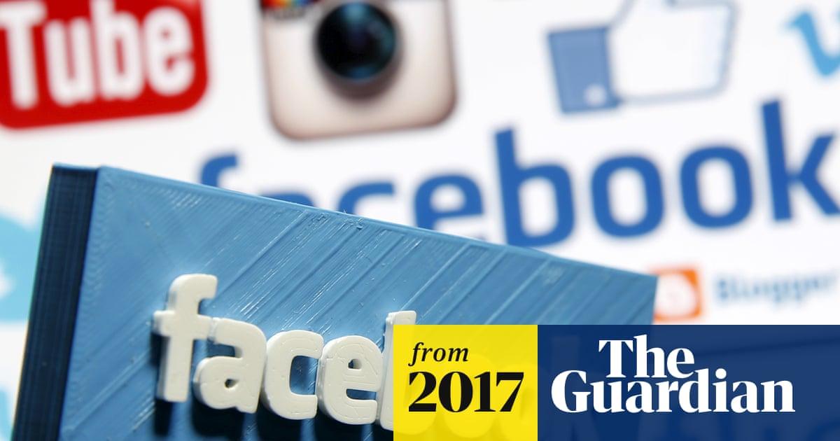 Facebook Live: Zuckerberg adds 3,000 moderators in wake of murders