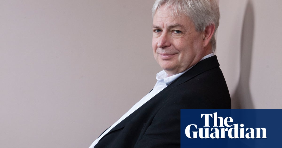 Jonathan Coe wins Costa fiction prize for 'perfect' Brexit novel
