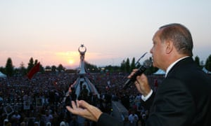 Recep Tayyip Erdoğan speaks to marchers at the Bosphorus bridge, which has been renamed the July 15 Martyrs bridge.