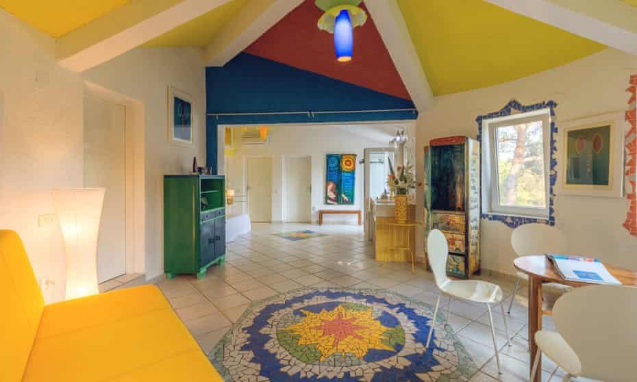 Villa Palmizana interior with bright colours