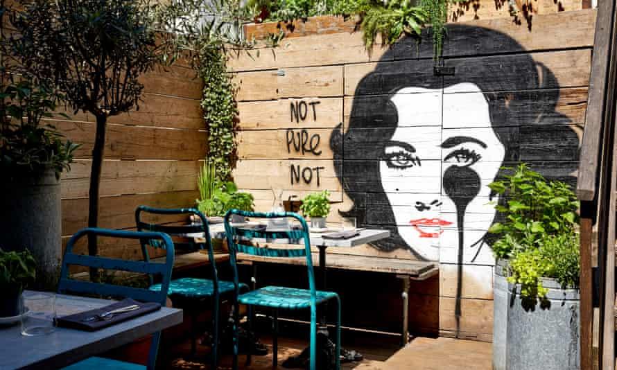 Artist Residence, Brighton - Garden