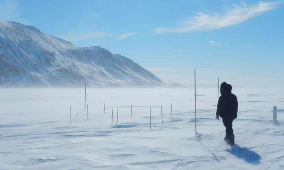 The SmartICE project will provide local communities with measurements of sea ice thickness, revealing which routes are safe to travel on.