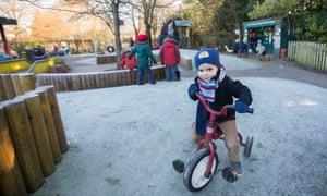 Homerton Children's Centre – children playing outside