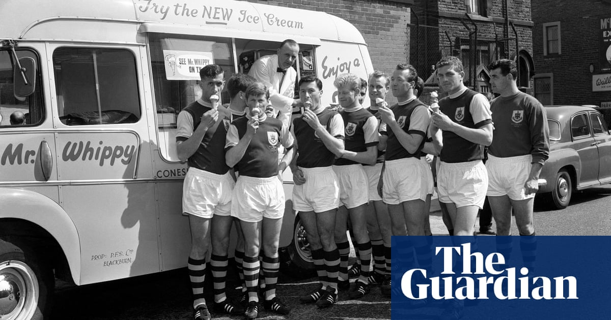 Graffiti, fishing and Mr Whippy – unseen photographs from footballs yesteryear