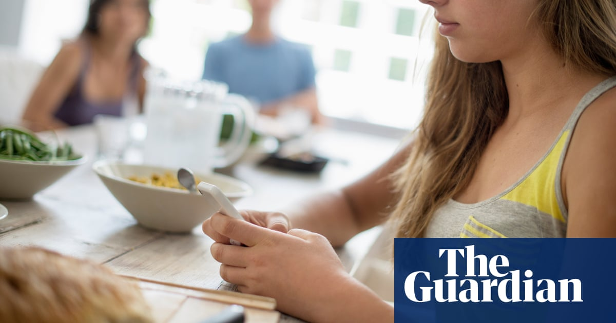 'It took a year to get help': generation Z on mental health decline