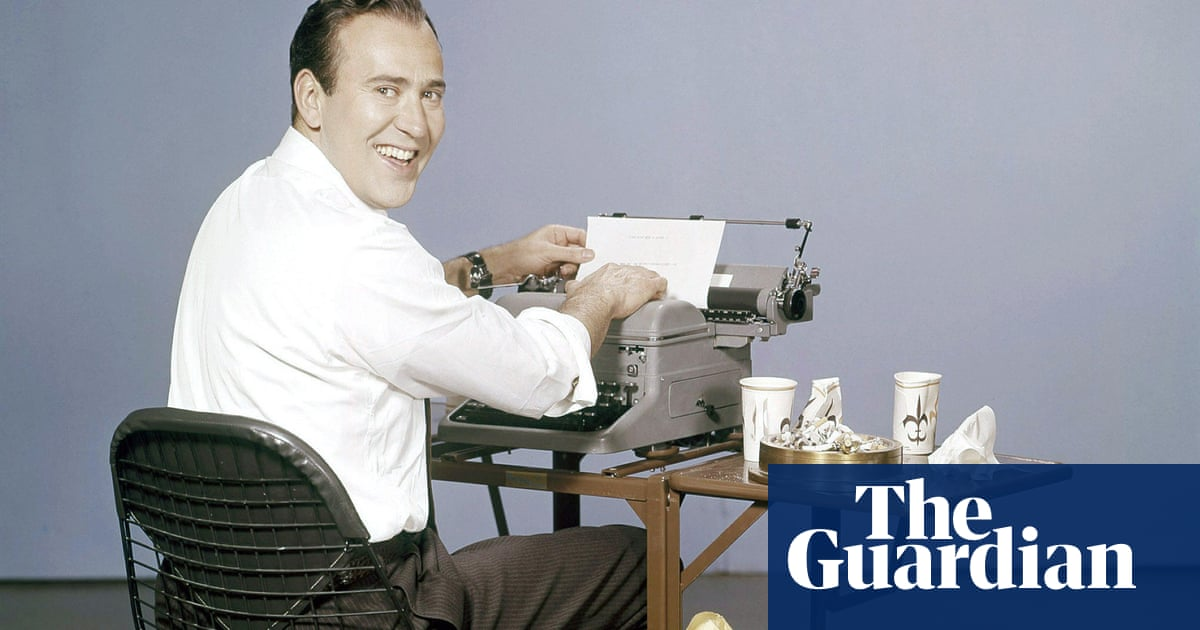 Carl Reiner obituary thumbnail