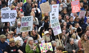 Thousands of people protest in Trafalgar Square, London