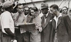 Passengers waiting to disembark from the Empire Windrush, 21 June 1948.