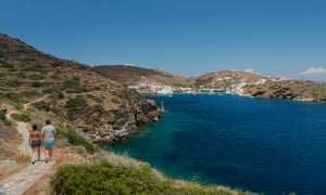 The path toward Faros in south-east Sifnos.