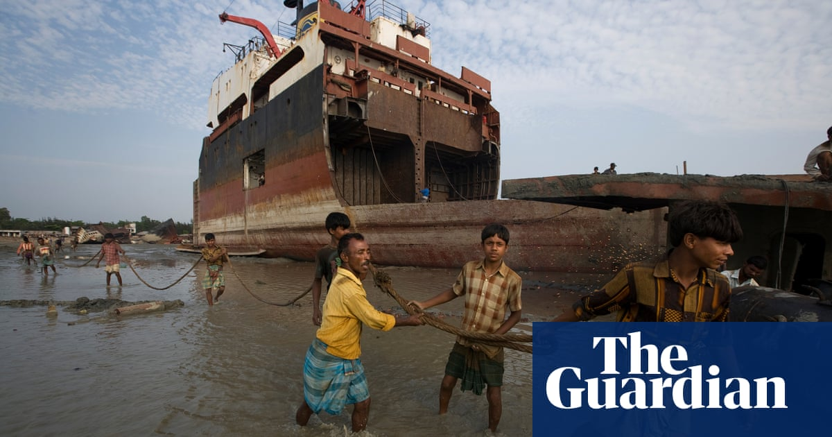 Bangladesh shipbreakers win right to sue UK owners in landmark ruling