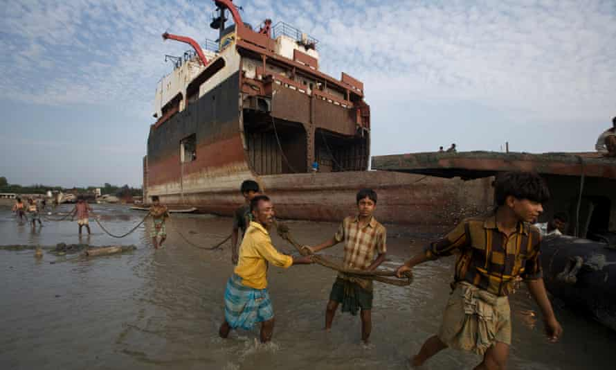 Shipbreakers at work in Chittagong