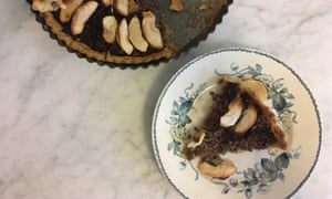 Dale's version of the Spruce Eats' beef-mince pie