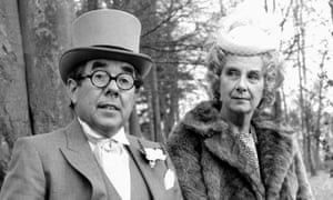 Ronnie Corbett and Barbara Lott in the BBC comedy Sorry!, in which he played a middle-aged librarian living with his mother (1987).