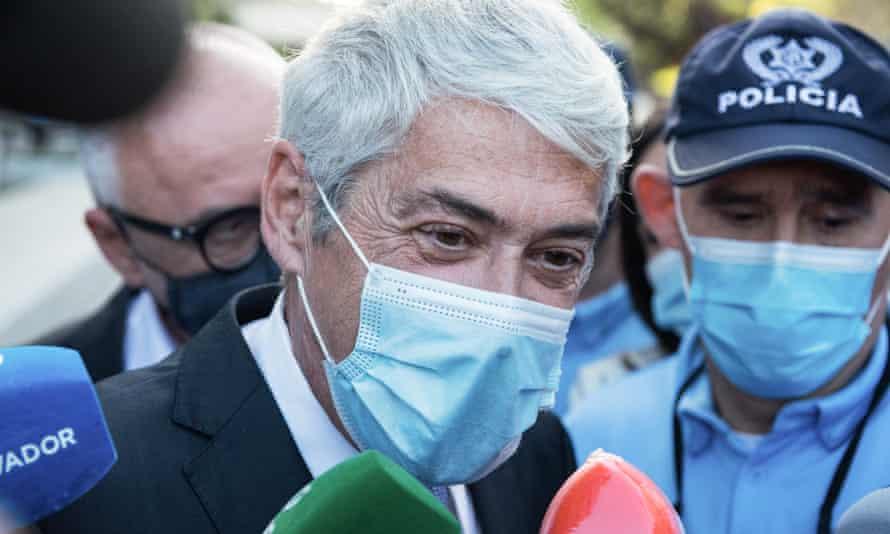 Former Portuguese prime minister José Sócrates arrives for his court hearing in Lisbon.