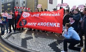 Arsenal fans protest against Kroenke outside the Emirates Stadium