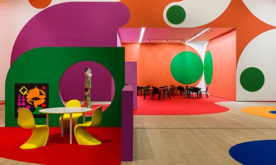 BALTIC Ad Minoliti (High Res)-14 d Minoliti Biosfera Peluche / Biosphere Plush installation view, BALTIC Centre for Contemporary Art, Gateshead. Photo: Rob Harris © 2021 BALTIC