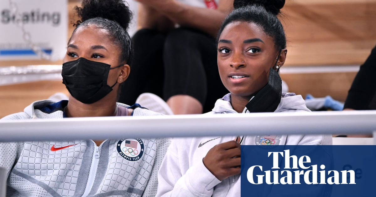 Simone Biles' Olympics in doubt as she withdraws from vault and uneven bars