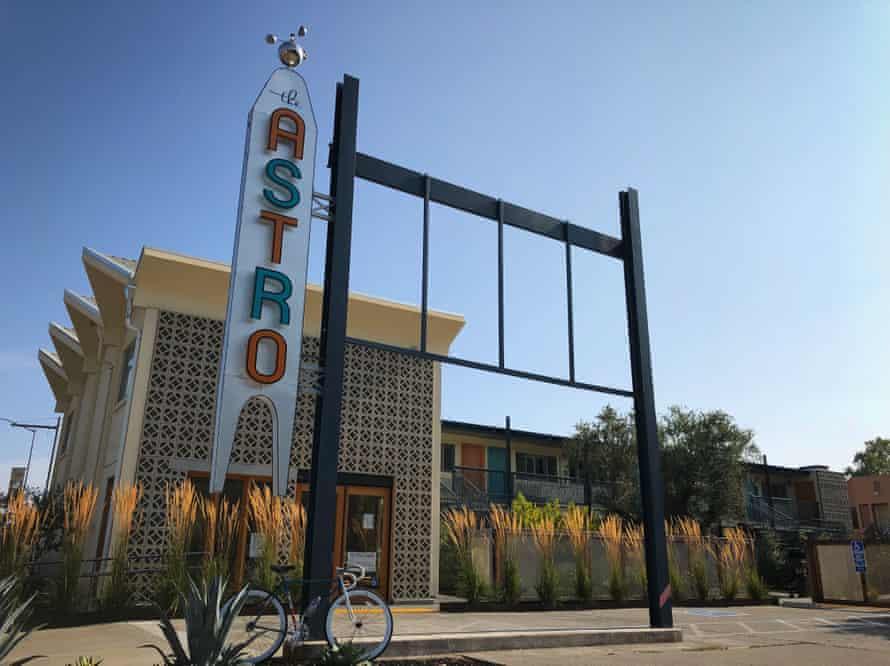 Exterior of motel Astro, San Jose, California