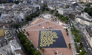 A giant poster installed in a square in Geneva