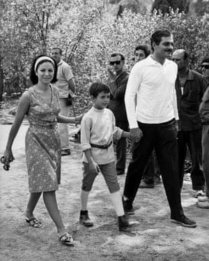 Omar Sharif, Faten Hamama & son Tarek, 1965