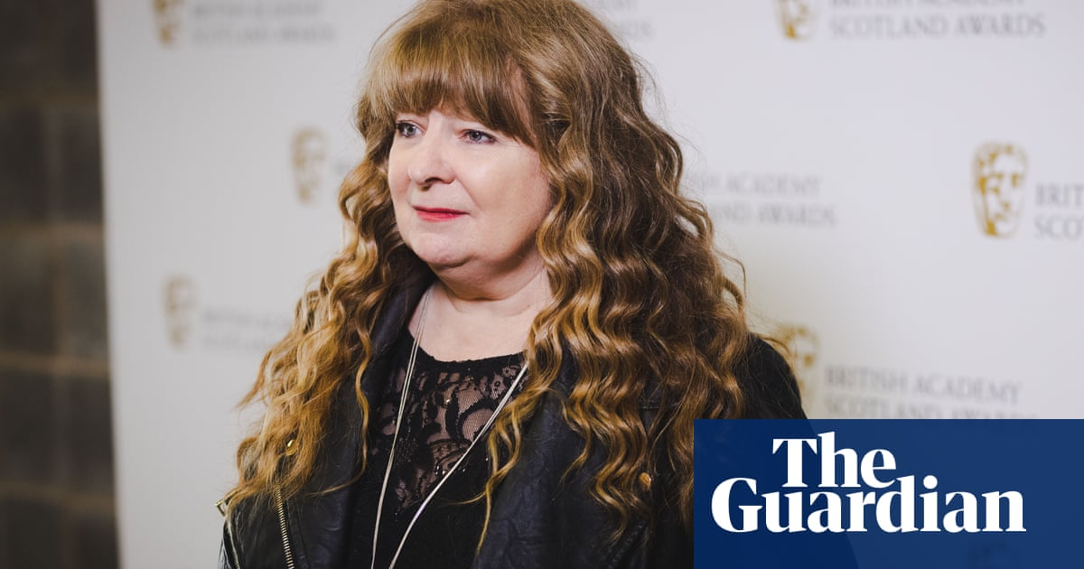 Janey Godley dropped from Scottish Covid ads after 'unacceptable' tweets