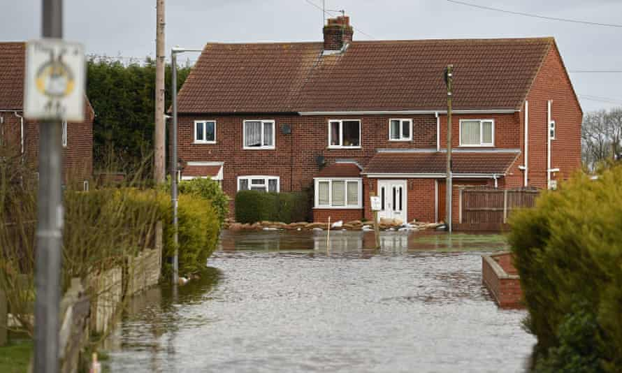 Flooding in East Cowick in March 2020. Unfortunately as Britain becomes warmer it will also become wetter because of warming air trapping moisture in the atmosphere.