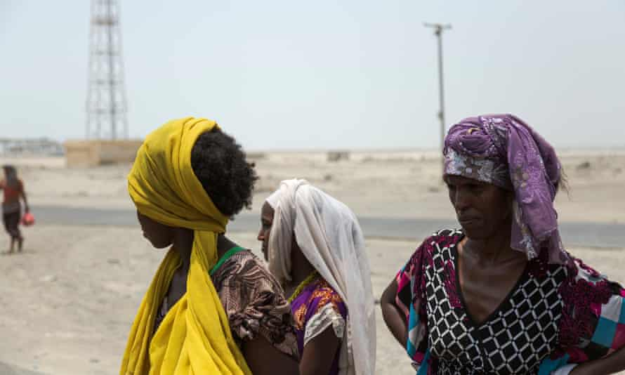 African migrant women at a checkpoint in Aden.