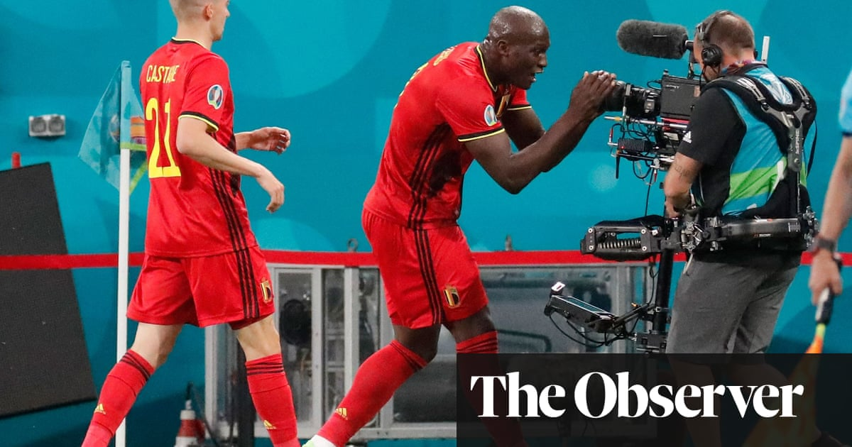 Lukaku scores twice and sends message to Eriksen in Belgium's win over Russia