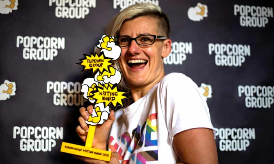 Jennifer Lunn wins The Popcorn Writing Award 2020 for her play 'Es and Flo'