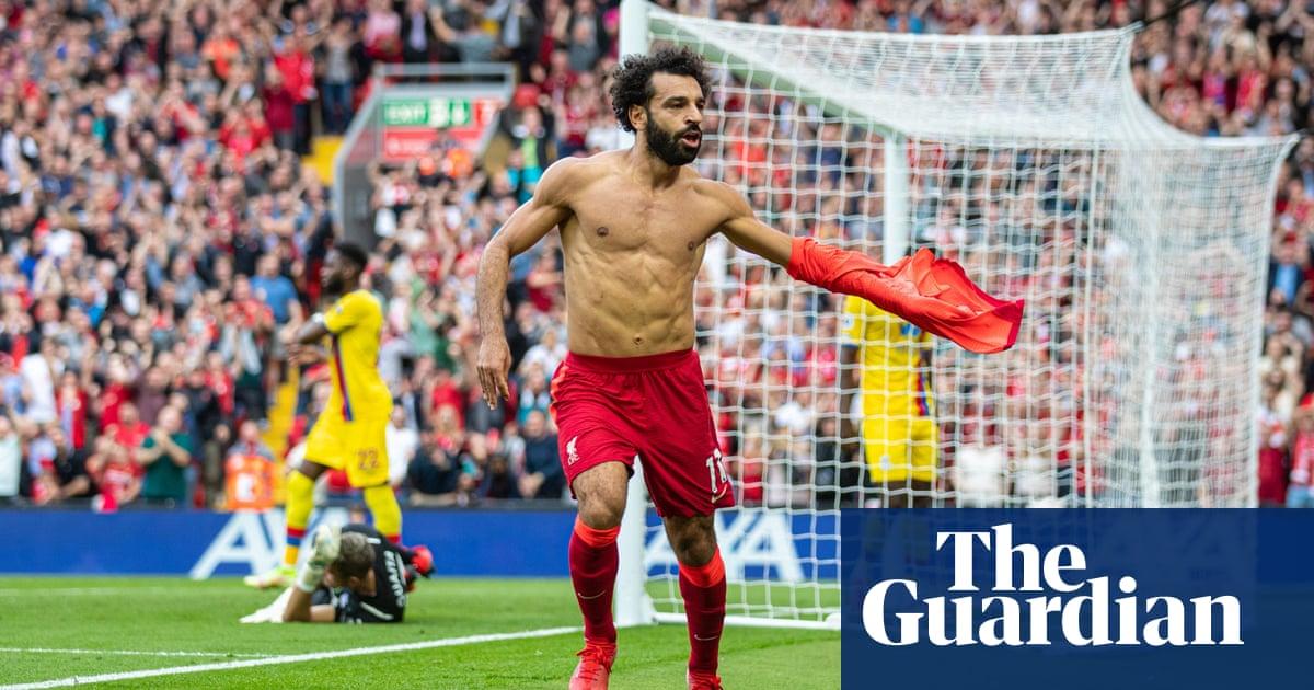 'Goal machine' Mohamed Salah as good as Lewandowski, says Jürgen Klopp