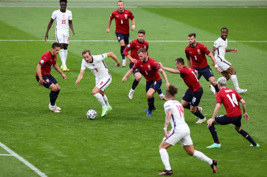 Harry Kane of England attacks the Czech Republic penalty area.