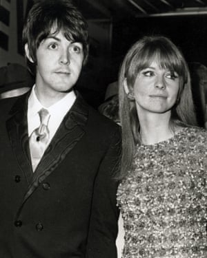 Paul McCartney and Jane Asher at a film premiere, 1967.
