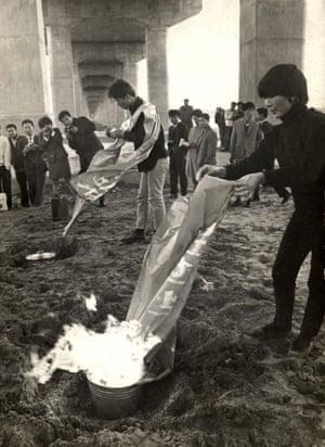 Murder at the Han-riverside, 17 October 1968, Second Han-River Bridge
