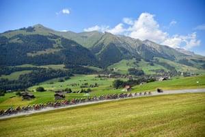 Le Moulin, Switzerland The peloton